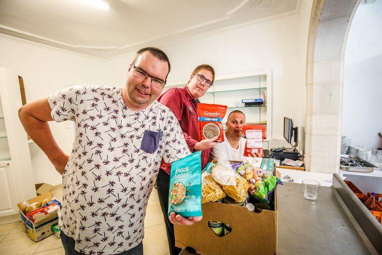 Torhout Tordaele in Bourgondisch hof: voedselpakketten maken
