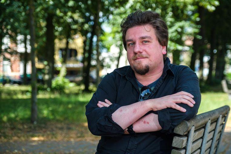 Johan Stuer schrijft onder de naam Johan Sebastiaan Stuer verzen voor Humo.