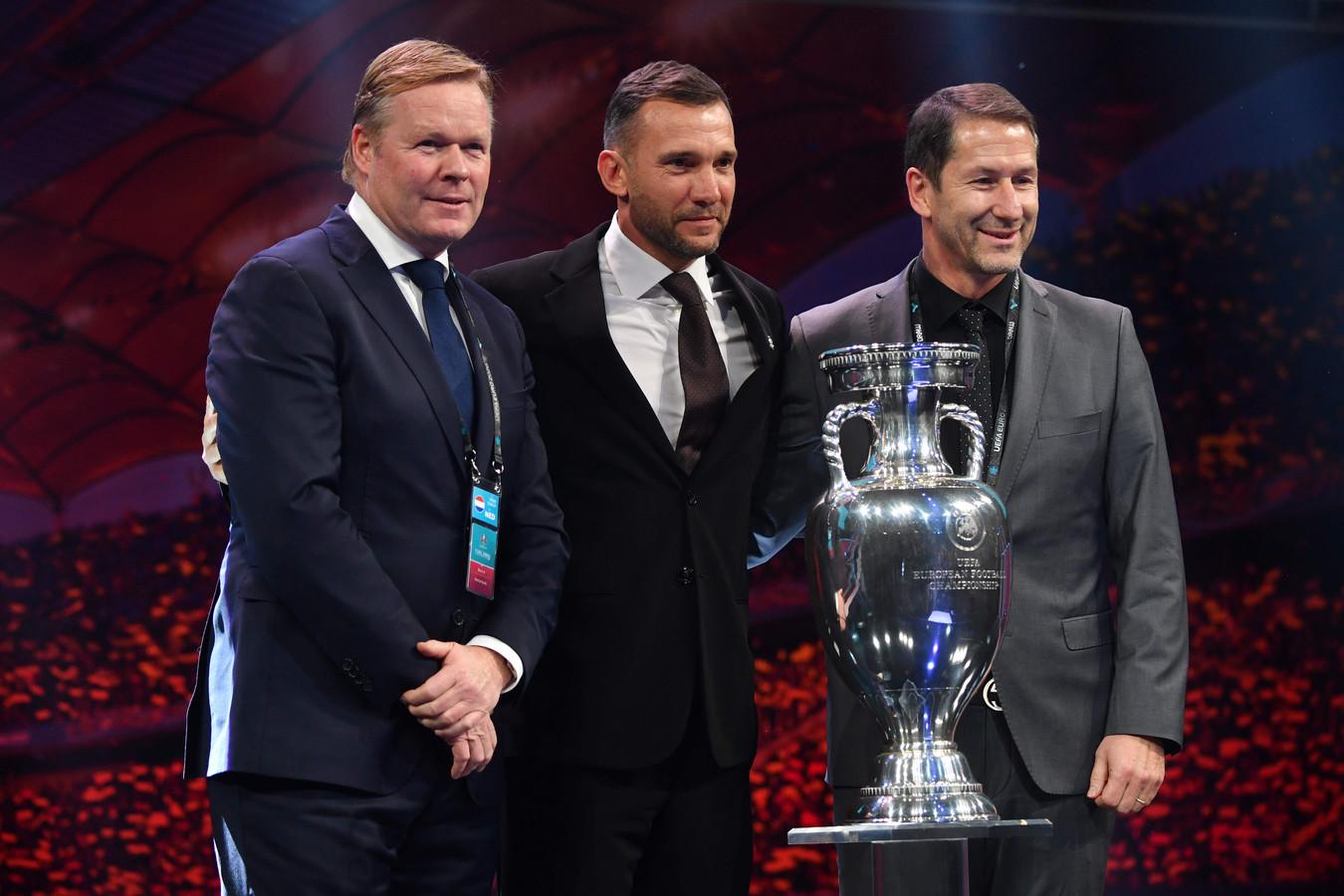 De bondscoach uit Groep C, vlnr: Ronald Koeman, Andrei Sjevtsjenko (Oekraïne) en Franco Foda (Oostenrijk).