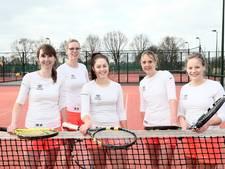 Grote stunt Groenlose Tennis Club: tweede op NK