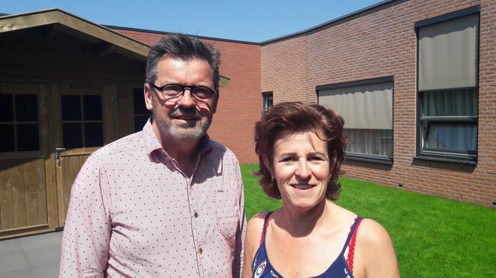Arno van den Berg en Anne-Marie Looman van Vivent Het Andere Wonen.