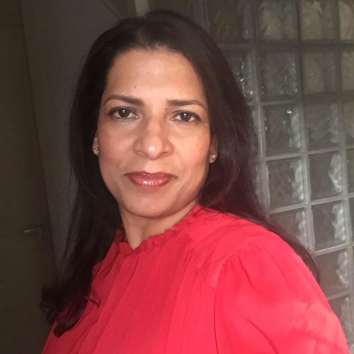 Neranjanee Fernando woont met haar man in Tilburg, maar haar hart gaat uit naar Sri Lanka, het land van haar jeugd