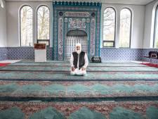 Vrijdaggebed gaat door in Zwolle met maximaal 30 moslims, die hygiëneregels als geen ander kennen