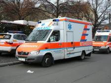 Motorrijder (20) ernstig gewond door aanrijding met auto bij Borken