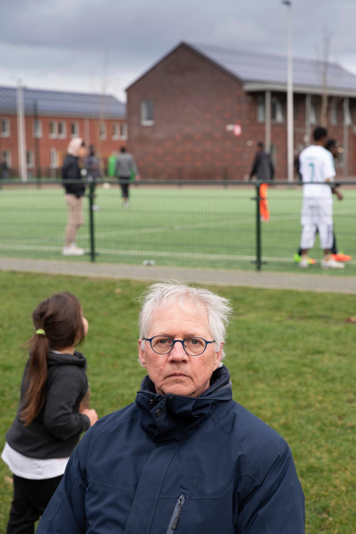 Henk Wolthof in het azc in Ter Apel. 'Wij krijgen de ruimte om de grenzen van de wet op te zoeken.'