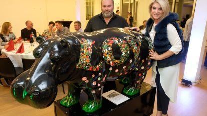 17 nijlpaarden leveren 35.000 euro op