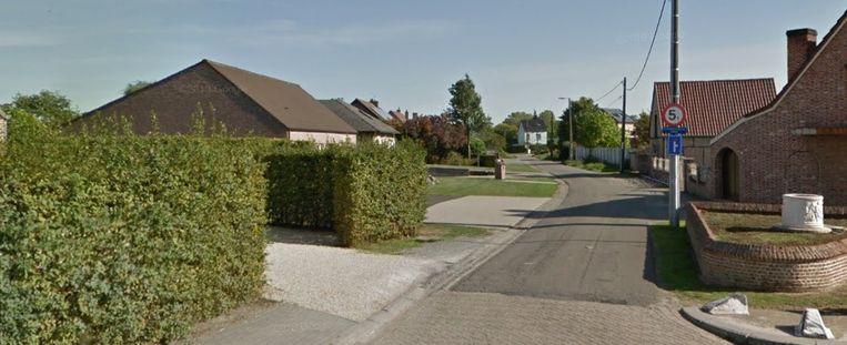 Het traject van de werken in de Beekstraat situeert zich tussen het kruispunt met de Ramselsesteenweg en het kruispunt met de Groenstraat.
