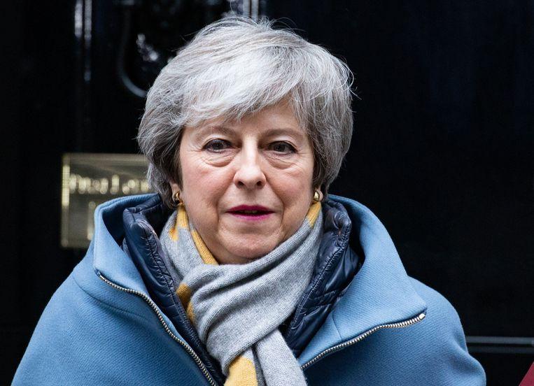 Theresa May leed gisteren opnieuw een zware nederlaag.