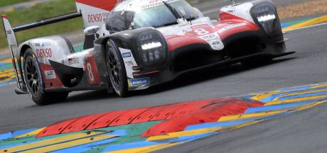 Alonso wint 24 Uur van Le Mans en komt stap dichter bij 'Triple Crown'