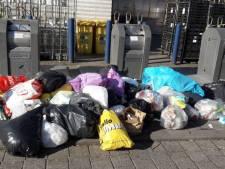 Spiegels en plantenbakken in strijd tegen hardnekkige afvaldump in Apeldoorn