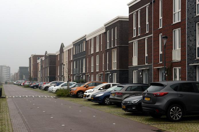Ook in Rijswijk Buiten staan de straten vol met blik.