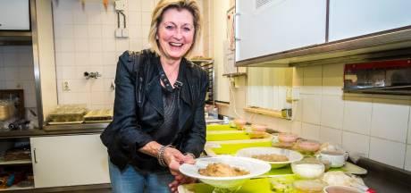 Mariet Kamphuis uit Lemselo, een leven lang in de keuken