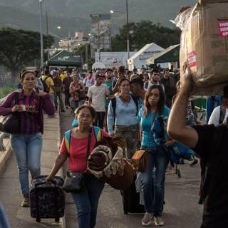 Colombia kraakt onder stroom van vluchtelingen