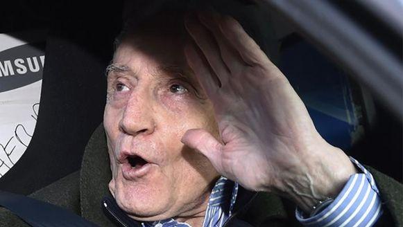 Marcel Habran bij zijn vrijlating uit de gevangenis van Nijvel