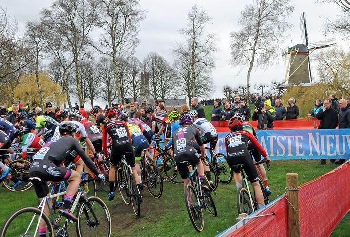De start van de Vestingcross in februari van dit jaar.
