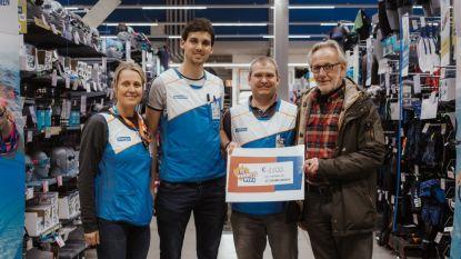 Decathlon schenkt 1.500 euro aan therapeutisch zwembad Dolfijntje