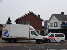 Hennepkwekerij opgerold aan Grotestraat in Borne