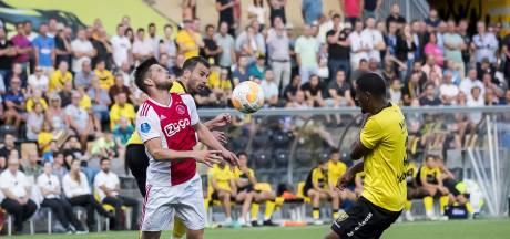 Discussie om VAR in Venlo: 'Penalty volkomen terecht, dat zag ik direct'