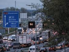 A12 rond Arnhem weer vrij na problemen met gestrande vrachtwagen