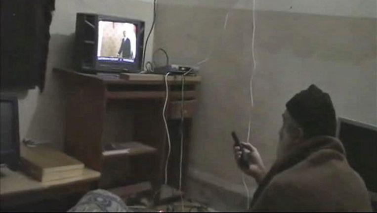 Bin Laden in zijn residentie. Beeld ap