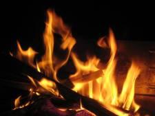 Stel uit Helmond houdt vol: gemeente moet optreden tegen houtrook, ook na verhuizing