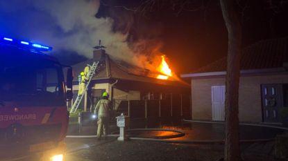 Huis onbewoonbaar na zware brand in Herentals