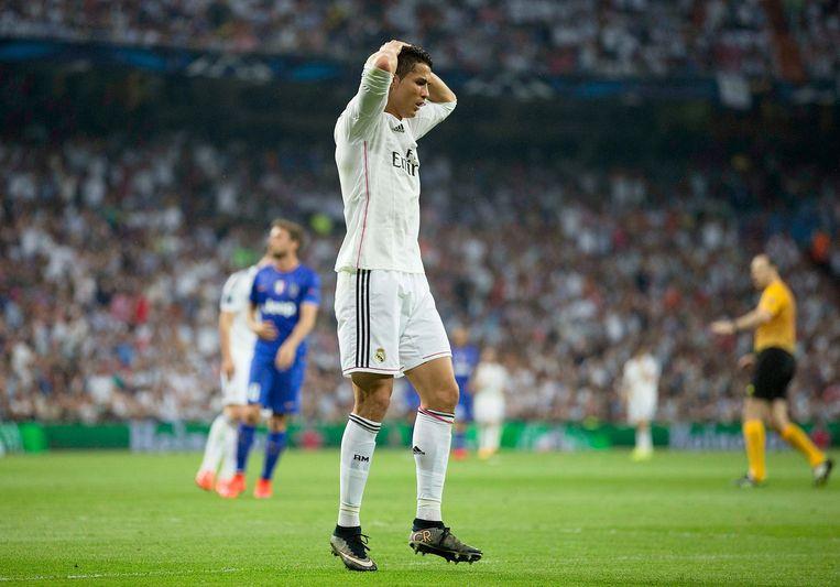 Cristiano Ronaldo van Real Madrid reageert na een gemiste kans. Beeld getty