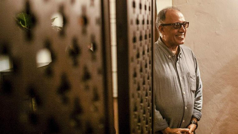Abbas Kiarostami tijdens het Cartagena Film Festival in 2014. Beeld afp