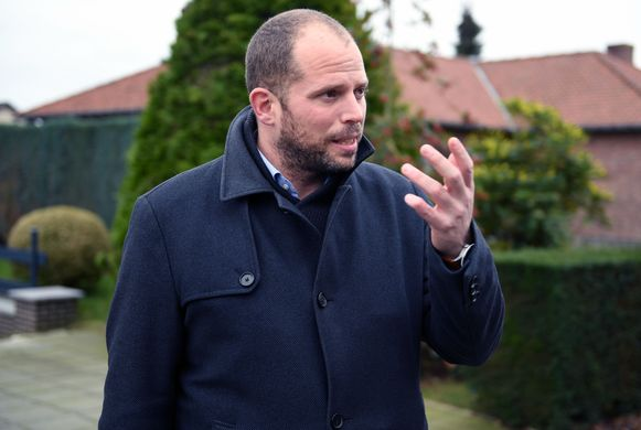 Theo Francken is nu nog burgemeester van Lubbeek maar de verwachting is dat hij die functie zal doorgeven aan een partijgenoot als N-VA in de nieuwe coalitie zit.