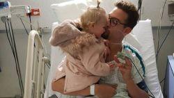 """Pieter Timmers in ziekenhuis opgenomen met gedeeltelijke klaplong: """"Hij is gelukkig heel oké"""""""