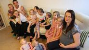 """Cheryl heeft twaalf kinderen, nu is ze opnieuw zwanger: """"Wat is er mis met profiteren van kindergeld?"""""""