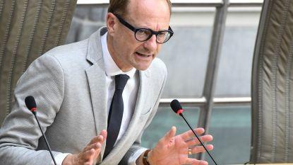 """Minister Weyts reageert op boze schooldirecteur: """"Besef heel goed dat dit op praktisch gebied huzarenstuk blijft"""""""