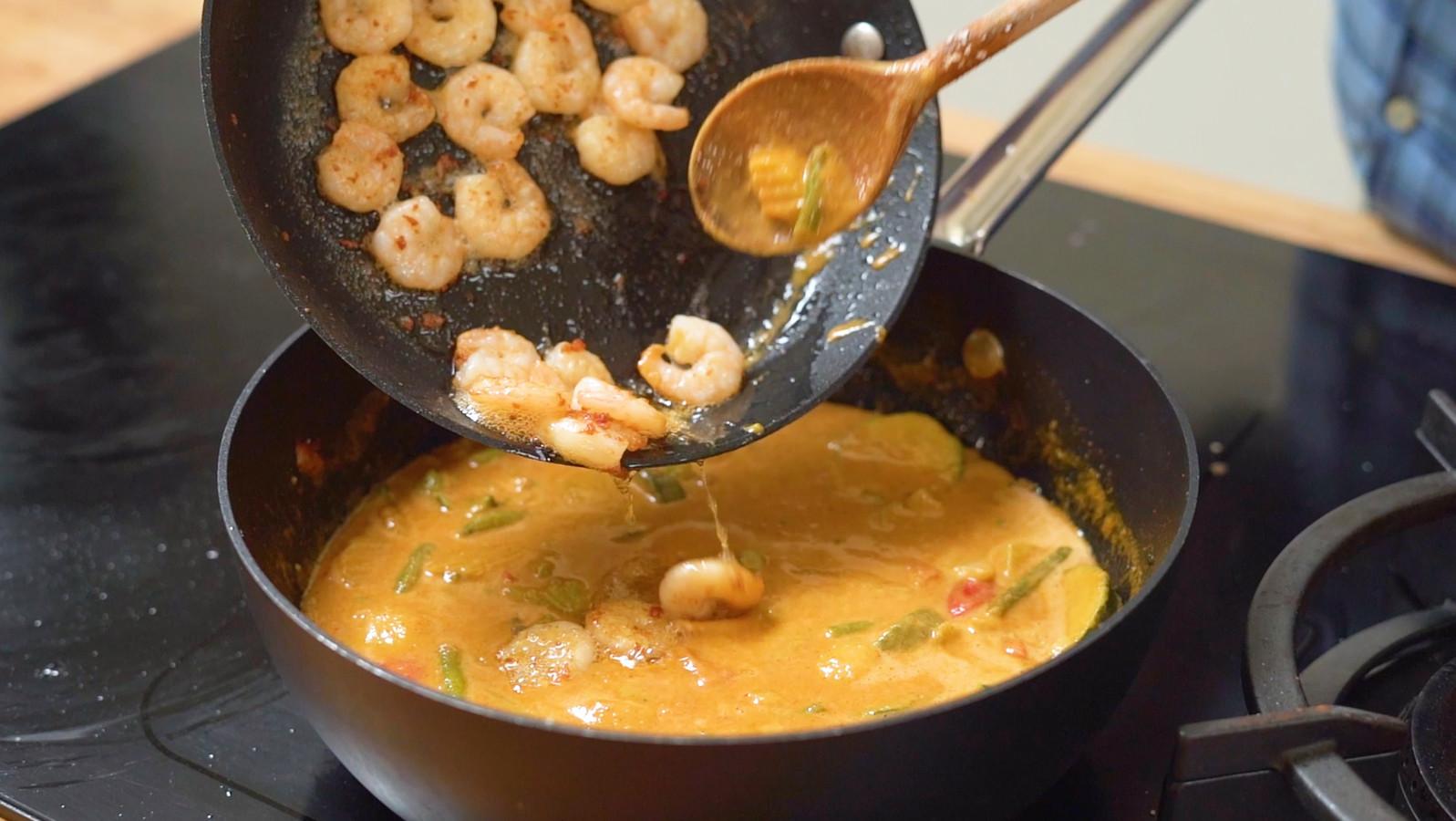 Aziatische curry met gamba's
