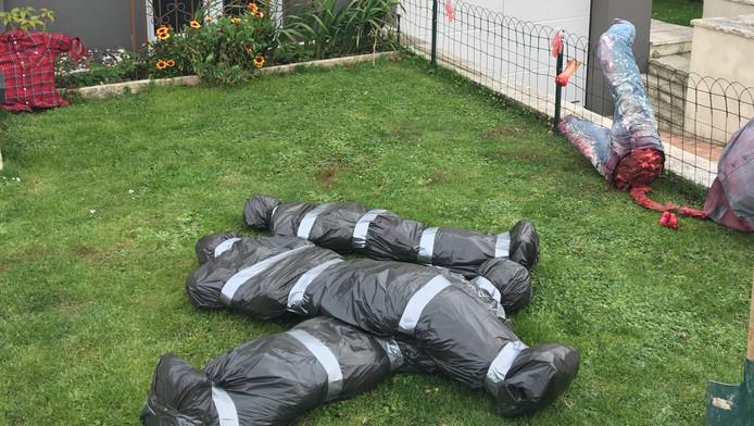Lijkkist in je tuin met halloween vroeger asociaal nu for Halloween versiering maken