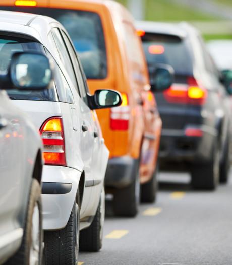 Ongeval op A50 bij Loenen, rijstrook weer open