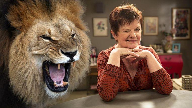 """""""Als ik doodga, mogen leeuwen me oppeuzelen"""", zegt Janine Bischops."""
