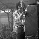 Jimi Hendrix in Ahoy in 1967. Rob Bosboom maakte deze karakteristieke foto vanaf het podium.