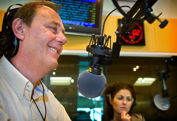 Hans van Vliet werkte jarenlang als verslaggever bij Radio Rijnmond en werkte voor de programma's 'De zaterdag- en zondagmorgen van Hans van Vliet' en 'De Ruilbeurs'.