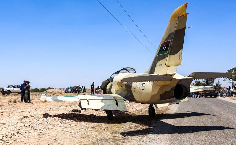 Een Libische L-39 Albatros gevechtsvliegtuig dat eigendom is van de troepen van Haftar. Archiefbeeld.