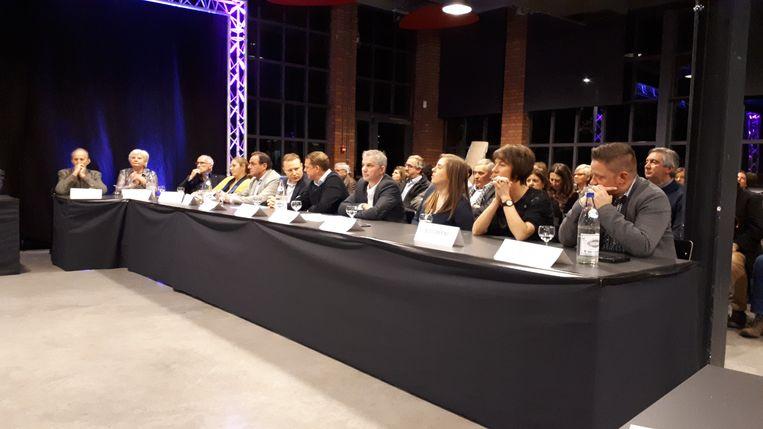 De gemeenteraadsleden van Open Vld en CD&V en Partners.