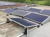 Installatie van zonnepanelen vernield op dak van voetbalvereniging Wilhelmina Boys uit Best