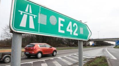 Vrouw komt om bij ongeval op E42 in Fleurus