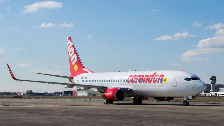 Een vliegtuig van Corendon op Luchthaven Maastricht Beeld ANP