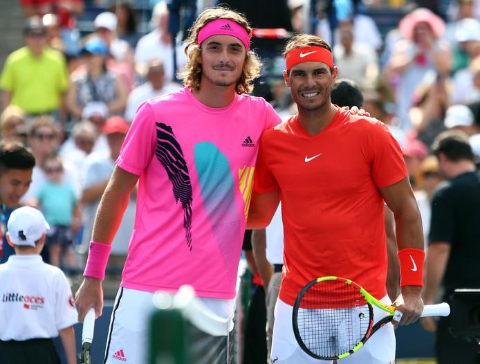 Stefanos Tsitsipas en Rafael Nadal voor hun finale in Toronto.