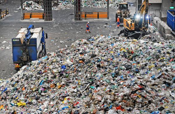 **Afvalverwerking** vies? Dit kan juist helpen Nederland **fossielvrij** te maken