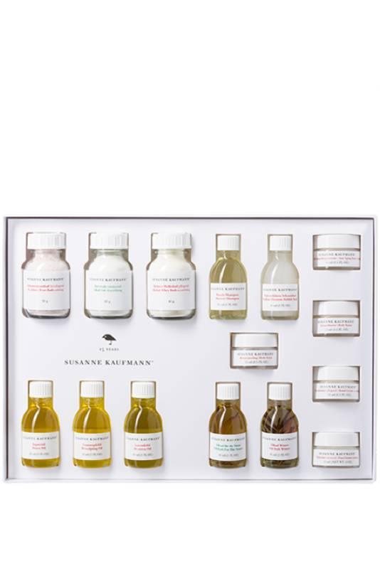 Coffret de 15 miniatures de la marque Susanne Kaufmann. Prix: 95 euros. Disponible dans la boutique Beauty by Kroonen.