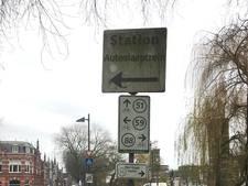 Straatbeeld: de autoslaaptrein is nog altijd niet helemaal weg