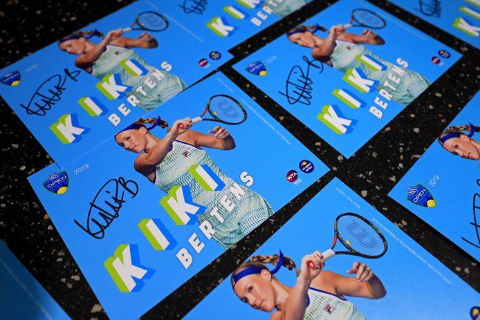 Kiki Bertens-kaartjes.