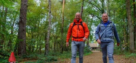 Achterhoekse horecaondernemers Bert en Alain maken pelgrimstocht naar Den Haag nu hun zaak dicht moet