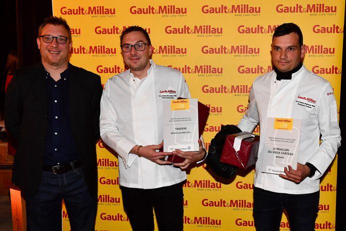 Benjamin Custine (droite), du restaurant Le Pavillon du Vieux Château, a reçu le prix-plaisir 2020.